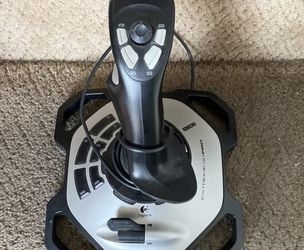Logitech Extreme 3D Pro for Sale in Aurora,  CO