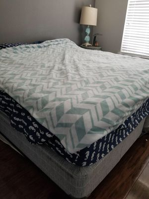 King bed for Sale in Magnolia, TX
