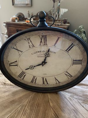 Antique Wall Clock for Sale in Carefree, AZ