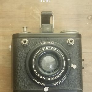 Brownie Six-20 Flash Camera for Sale in Los Angeles, CA