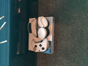 Xbox one s 1 tb with 1 controller a mic and 15 games for Sale in Richmond, VA