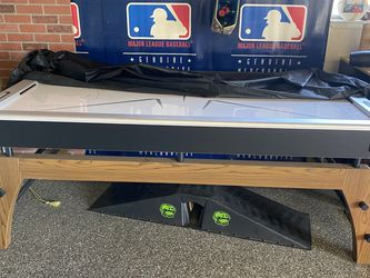 Air Hockey Table .Like New. $300 for Sale in Modesto,  CA