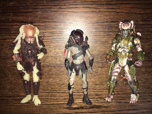 "Predators Series 1 BERSERKER PREDATOR Masked 7"" Action Figure NECA 2010"