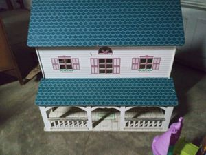 Doll house for Sale in Reynoldsburg, OH