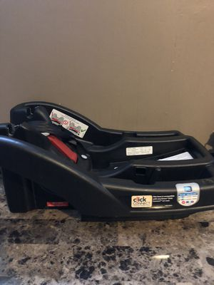 Graco click connect car seat base for Sale in Groveport, OH