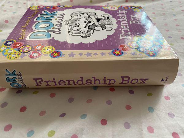 Dork Diaries Friendship Box