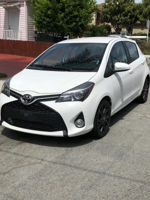 2017 TOYOTA YARIS SE for Sale in San Leandro, CA