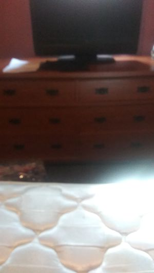 Dresser for Sale in Grove City, OH