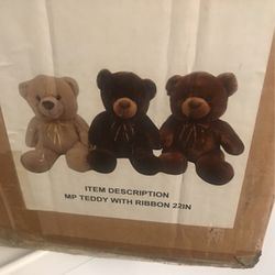 case of 6 large stuffed bears for Sale in Queens,  NY