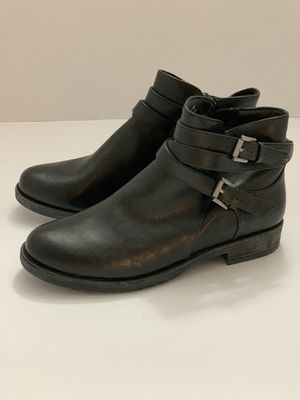 Woman's Ankle Boots for Sale in Commerce, CA