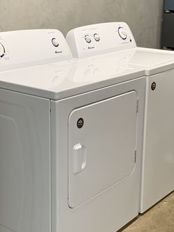 GREAT CONDITION AMANA WASHER AND ELECTRIC DRYER for Sale in Irving,  TX