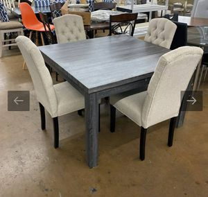 Model Home Beautiful 5 Piece Dining Set for Sale in Mesa, AZ