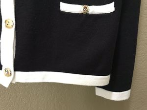Carolyn Taylor black and white cardigan, size large for Sale in Vallejo, CA
