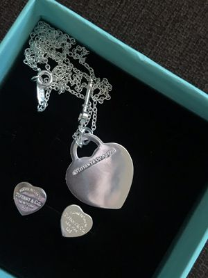 Tiffany and Co necklace and earrings for Sale in Phoenix, AZ