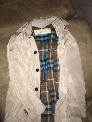 Burberry jacket size medium for Sale in Vallejo, CA