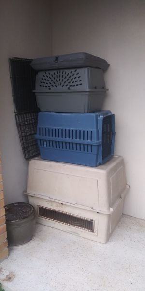 All size dog crates for Sale in Oakland Park, FL