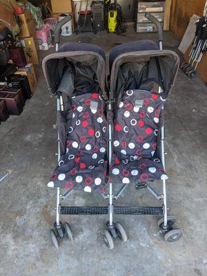 Maclaren double stroller for Sale in Fountain Valley, CA