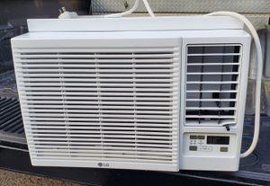 Heating/ac window unit for Sale in Oakdale, CA