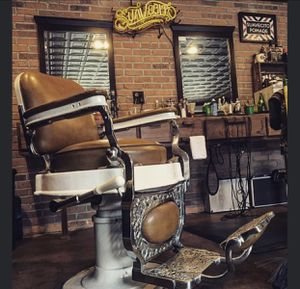 Barbershop Mirrors - Set of 4 for Sale in Fullerton, CA