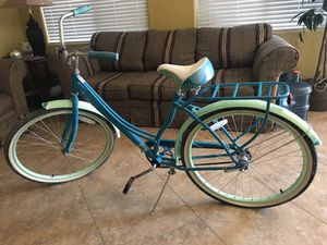 Schwinn Windwood bike for Sale in North Las Vegas, NV
