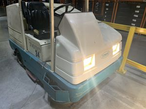 Tennant 7400 Floor Scrubber for Sale in Arlington, TX