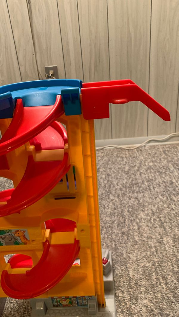 Fisher Price Little People Wheelies Stand n Play Rampway