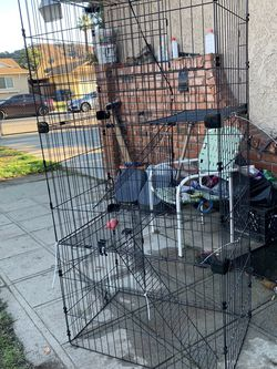 5.5 Ft Cage Can Be Used For Birds Or Cats Or Small Animals. for Sale in Pomona,  CA