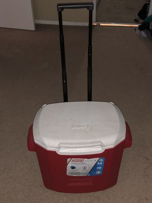 Coleman cooler with pullout handle and wheels for Sale in Lodi, CA