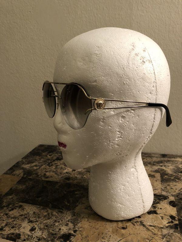 d2b332696321b Versace 2184 1252 6U Pale Gold 12526U Sunglasses for Sale in Burr ...