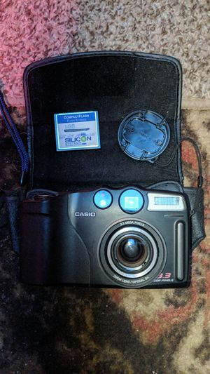 Casio Digital Camera, mQV-3500EX, 3.3 mega pixel, telephoto zoom, 4 AA batteries. for Sale in Boulder Creek, CA