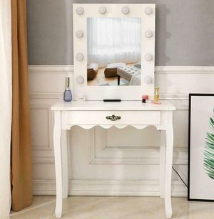 NEW Vanity Set with Lighted Makeup Dressing Mirror White for Sale in Las Vegas, NV