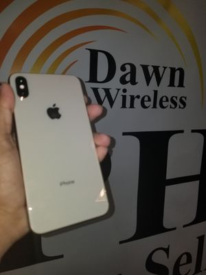 Iphobe xs max FACTORY UNLOCKED for Sale in Dallas, TX