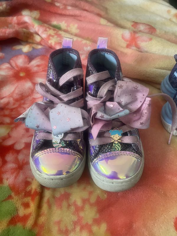 Free kid Shoes