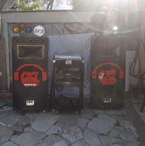 DJ con luces y todo for Sale in Lompoc, CA