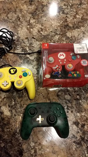 Nintendo switch controllers wired and wireless for Sale in Sarasota, FL
