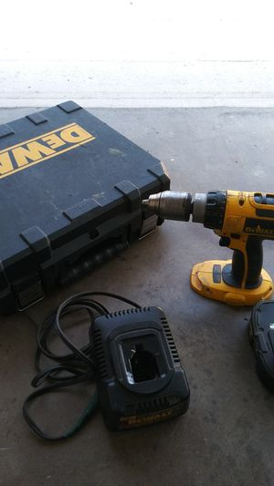 Dewalt hammer drill charger battery and case including for Sale in Spring Hill, FL