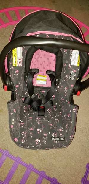 Graco snugride car seat for Sale in College Station, TX