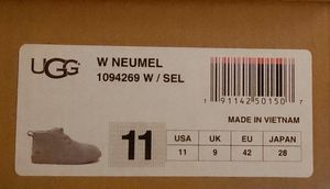 Women ugg Neumel (gray color) (unisex men size 9). Worn twice, just too big, still in box & no stains. Originally paid $140 for Sale in Sherwood, AR