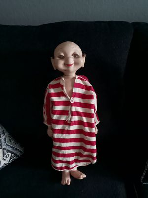 Antique doll. for Sale in San Antonio, TX