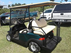 Club car precedent 2008 has one year old batteries lights charger included for Sale in Miami Springs, FL