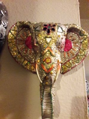SYMBOLIC AFRICAN TEMPLE ELEPHANT W/RAISED TRUNK OF SHOWERING RICHES for Sale in Anaheim, CA