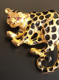 Park Lane Vintage Leopard Gold Brooch An Pendant for Sale in Berkley,  MA
