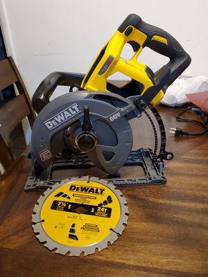 Circularsaw dewalt flex 7 1/4 for Sale in Lynwood, CA