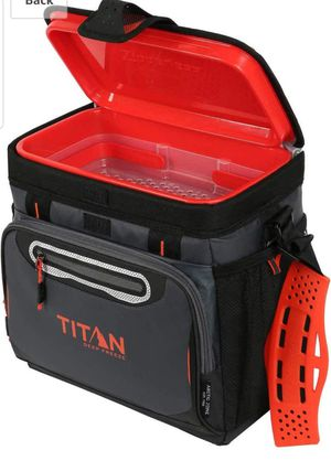 BRAND NEW TITAN LUNCH COOLER for Sale in Los Angeles, CA