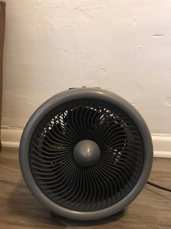 Fan/ hot and cold