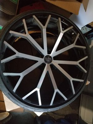"""24"""" Versante Wheels VE229 Black Machined Rims with Tires and Lugs (Used) for Sale in Saint Petersburg, FL"""