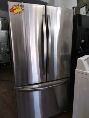 Lg refrigerator french door stainless steel for Sale in Lake Forest, CA