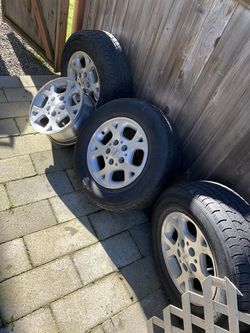 Jeep tires for Sale in Everett,  WA