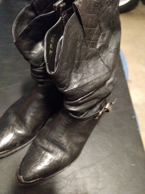 Boots, leather size 9 for Sale in Jackson Township, NJ