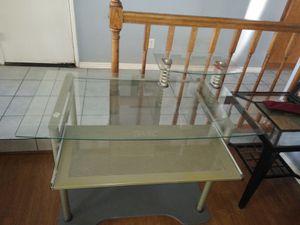 Sturdy Glass computer desk for Sale in Palmdale, CA